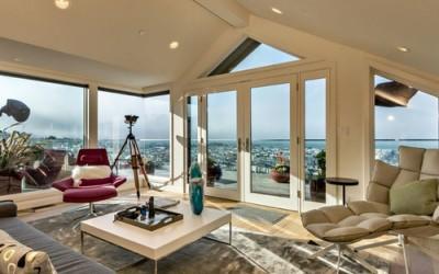 3 ways to dress a triangular window