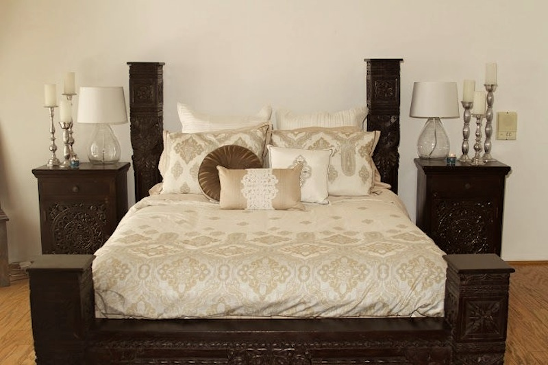 traditional_bed_worldcraft_industries