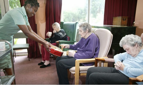 People Who Take Care Of Elderly In Retirement Homes
