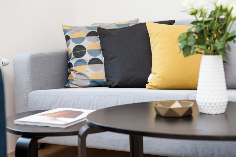 This Is How to Pick the Right Color for Your Sofa